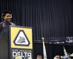 Cristal Harris delivers commencement speech