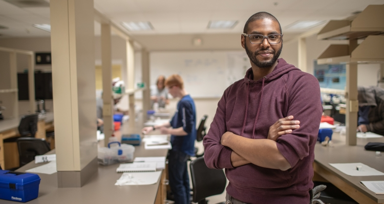 A student in Delta College's electron microscopy program