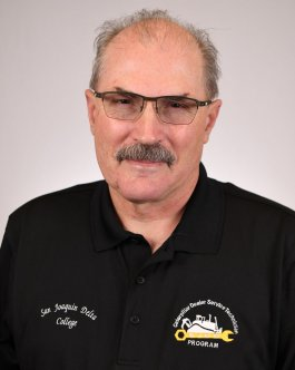 Photo of Mike Holden