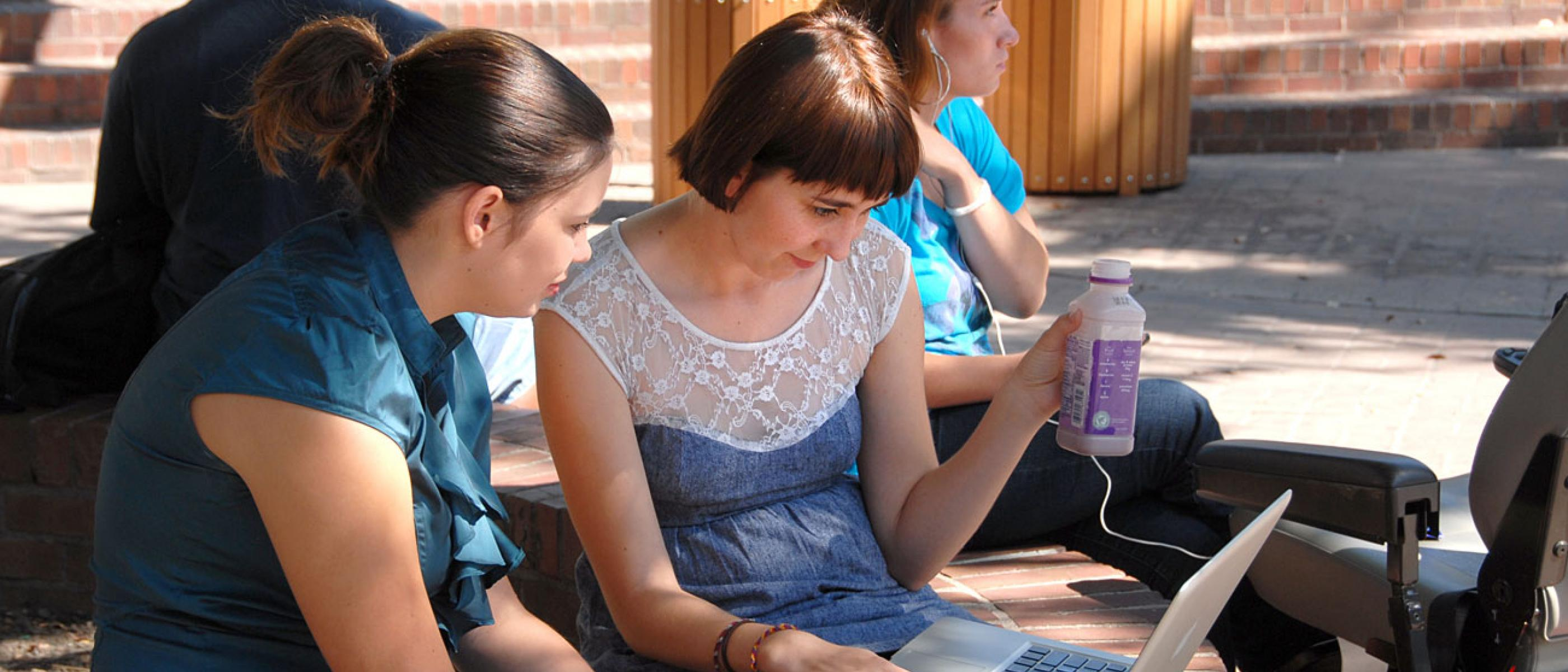 Students work together